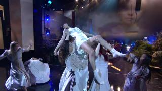 Selena Gomez - Upskirt - 11/17/17